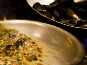 skillet_mussels
